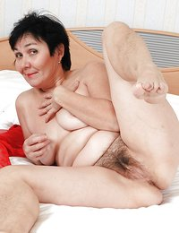 Natural Hairy Pussy Pics